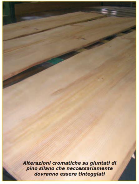 il legno cambia colore